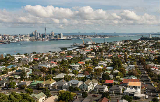 Auckland housing prices