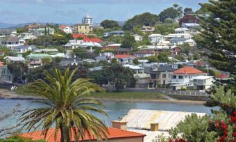 New Zealanders plan to get out of town to buy property