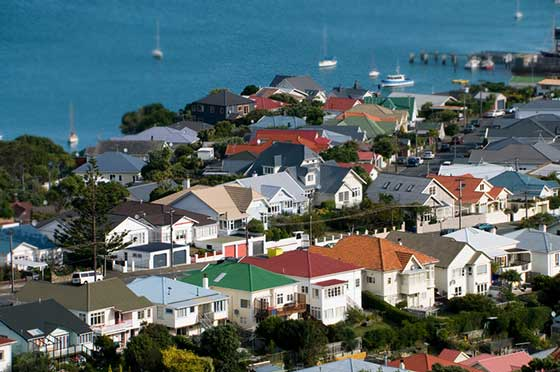 Wellington continues to attract investors