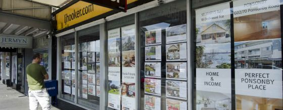 Kiwis bank on continued house price spike