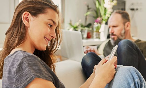 How to use your smartphone to save for a house