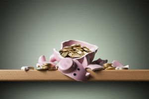 What happens if I make a withdrawal from my online bonus savings account?