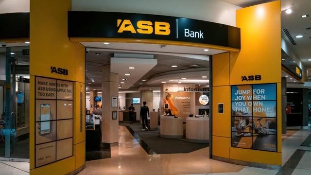 switching-banks